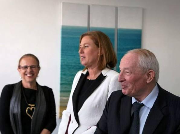 היועץ המשפטי ויינשטיין השרה לבני והנציבה החדשה הילה גרסטל  (צילום: דן בר דוב)