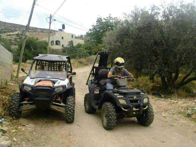 שלושה מתנחלים חולצו בשלום מכפר פלסטיני אליו נכנסו