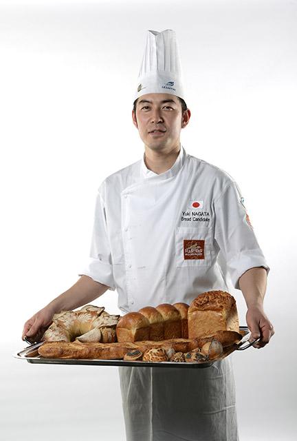 """זוכה מדליית הזהב בקטגורית """"לחם"""": היפני יוקי נאגאטה"""