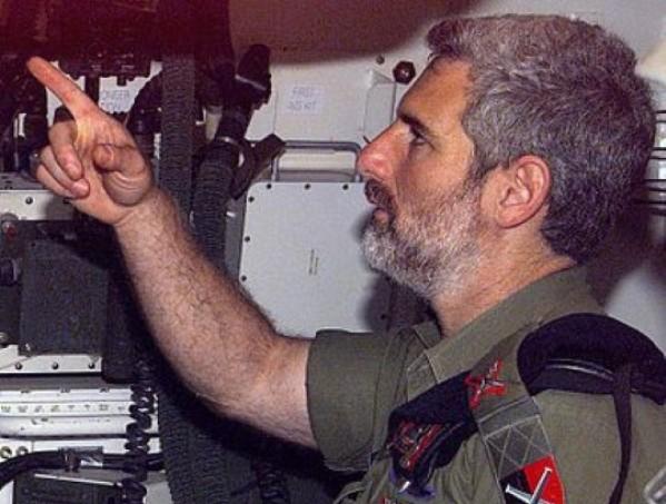 דן הראל. מתריע מאסון הטייסת הכיבוי (צילום: ויקיפדיה)