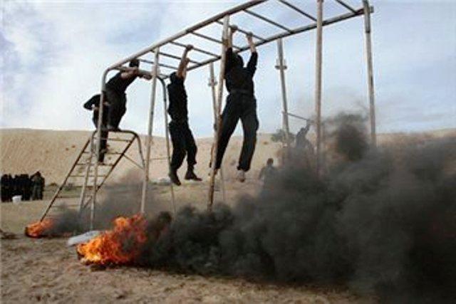 מחבלי חמאס מתאמנים בעזה (צילום: מען)