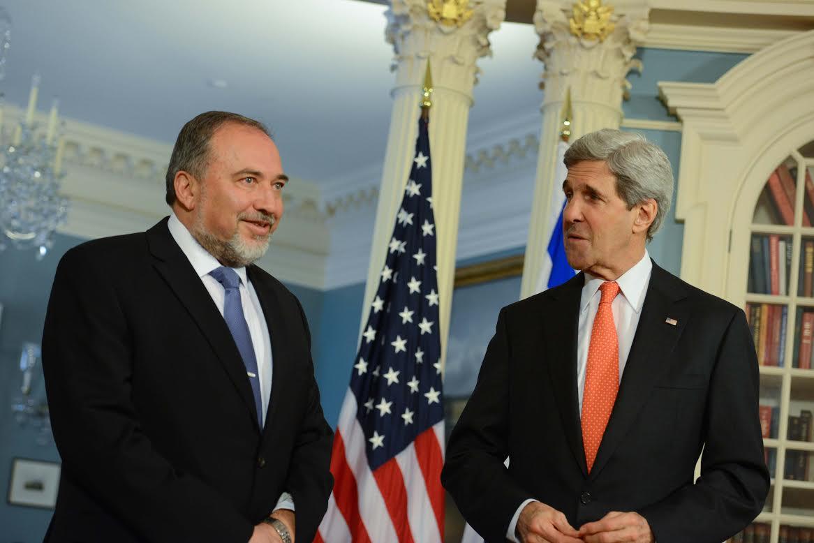 ייפגש עם מזכיר המדינה קרי. אביגדור ליברמן (צילום ארכיון: שחר עזרן)