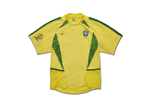 חולצת נבחרת ברזיל במונדיאל 2002. צילום: .Nike Inc