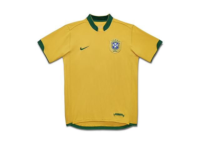 חולצת נבחרת ברזיל במונדיאל 2006. צילום: .Nike Inc