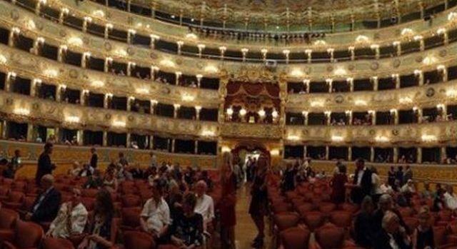 אולם לה פניצ'ה בוונציה - אולם האופרה של ונציה. (צילום: מרב ברק)