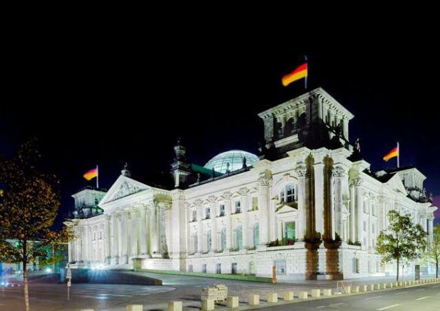 בניין הרייכסטאג בברלין. סמינר מטייל. (צילום: dzt)