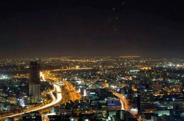 פאג'רים מעל ירושלים. תפוסה של 55% בלבד בשיא הקיץ. (צילום: טובי עזרי)