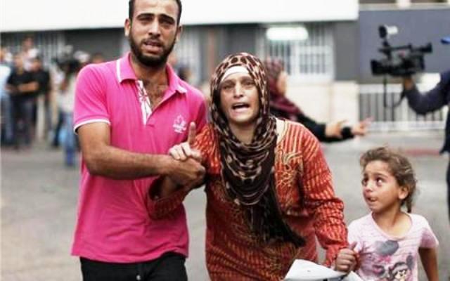 פאניקה ובהלה - פלסטינים נמלטים מסג'עאיה  (צילום: אלג'זירה)