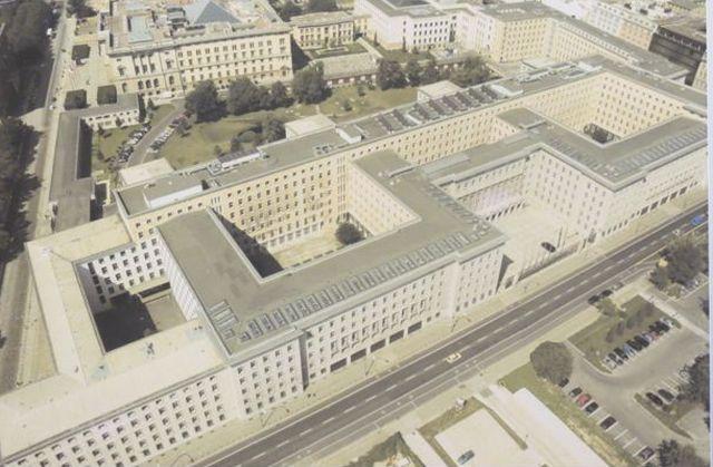 קריית הממשלה בברלין. להכנס אל לב המערכת הנאצית. (צילום: אודי בן זאב)