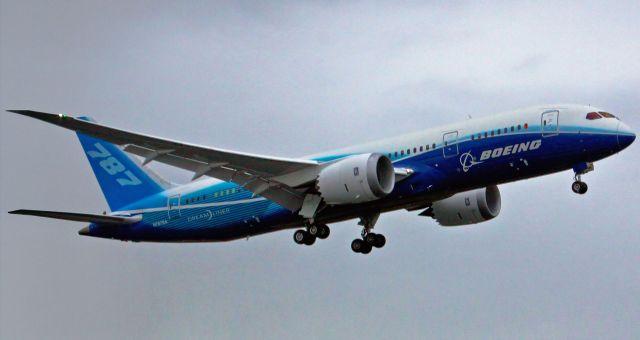 בואינג 787 בטיסת הבכורה שלו. עדיין לא מפיק רווחים. צילום: בואינג