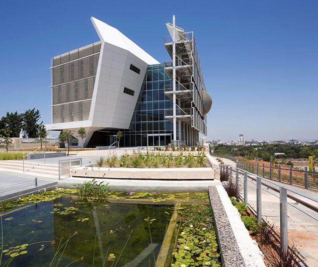 בית הספר ללימודי הסביבה על-שם פורטר, אוניברסיטת תל אביב. צילום: שי אפשטיין