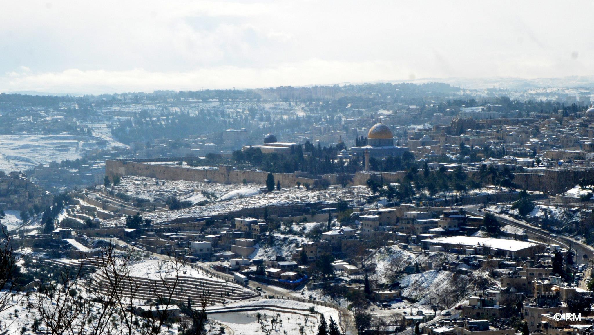 ירושלים בכוננות שלג