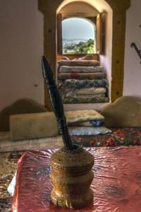 המדאפה, הוא חדר האירוח הערבי. (צילום: תומר שוקרי)