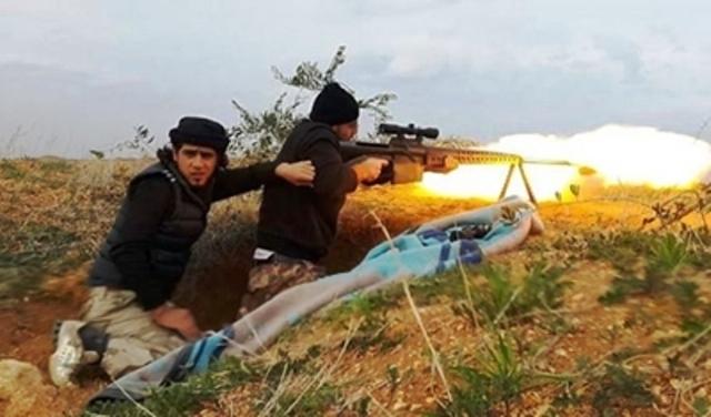 המורדים ממטירים אש על הצבא הסורי בחדר (צילום: תקשורת סורית)