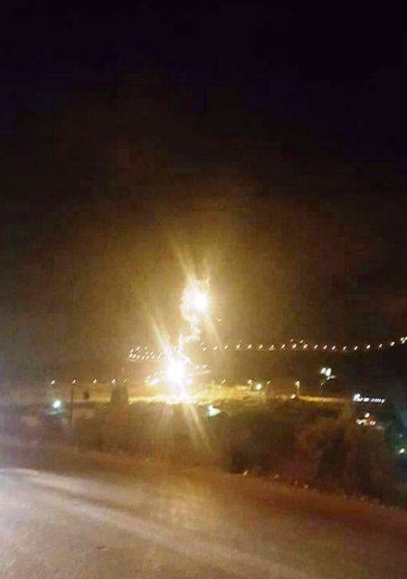 פצצות תאורה מעל בורין במהלך הסריקות (חדשות לפני כולם)