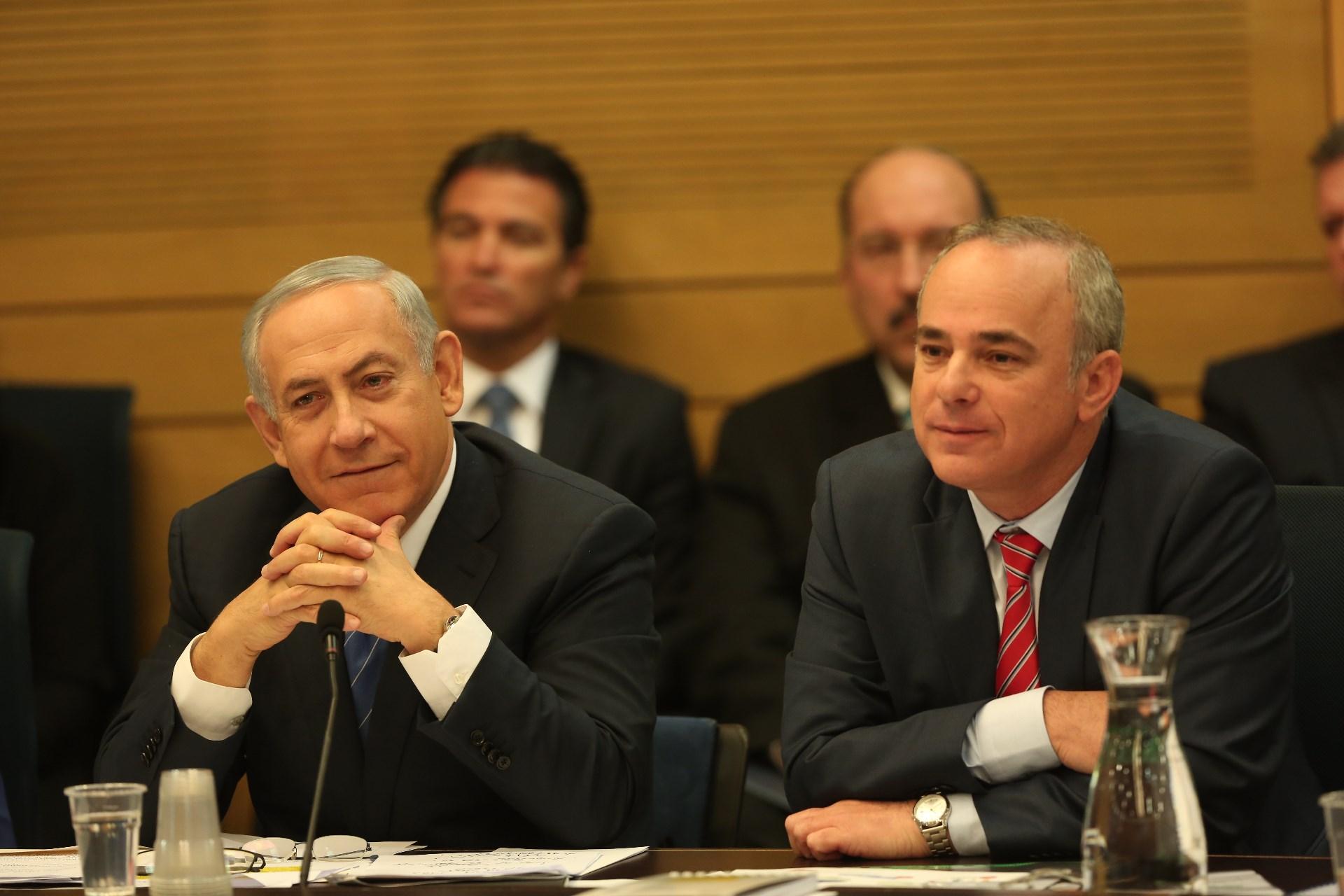 """ראש הממשלה ושר הכלכלה נתניהו. """"נאומים במקום תשובות"""" (צילום: דוברות הכנסת)"""