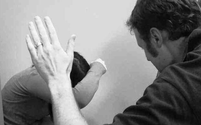 אלימות במשפחה (אילוסטרציה)