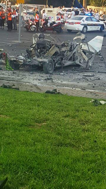 זירת הפיצוץ (צילום: עוזי פרלמוטר תיעוד מבצעי)