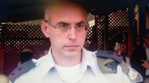 """התובע -אל""""מ ויסמן (צילום מסך)"""