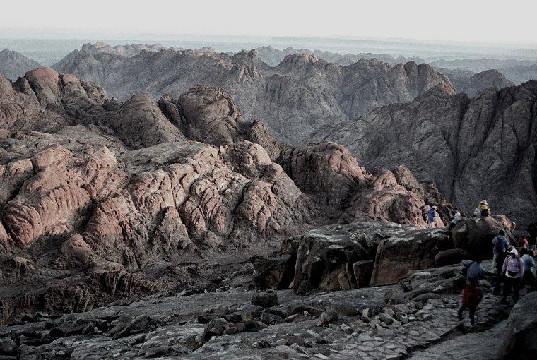 סיני - לצאת משם לאלתר (צילום: יואב רוזנברג, ויקיפדיה)