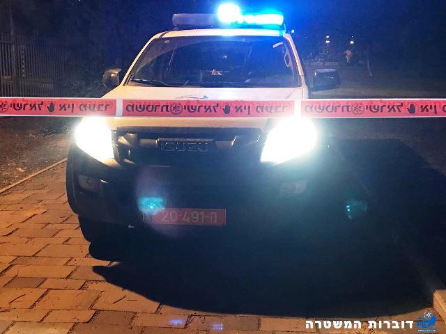 המשטרה סגרה את הזירה (צילום: משטרת ישראל)