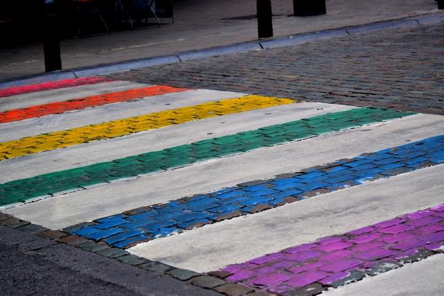 בריסל - צבועה בכל צבעי הקשת