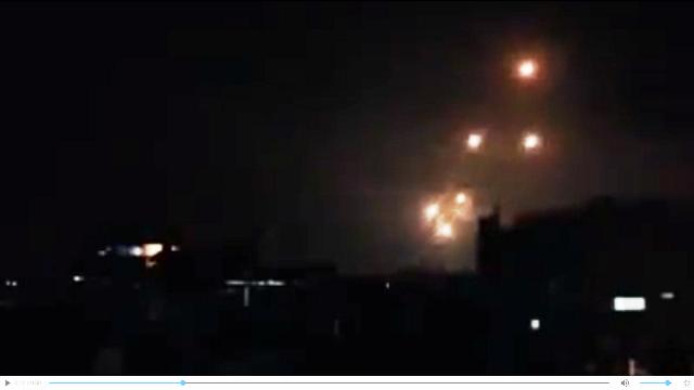 צילום מסרטון ווידאו  שמופץ בידי הפלסטנים בו נטען שזה השיגור לישראל, אך אין אימות לנכונות הצילומים