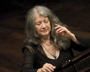 הפסנתרנית מרתה ארחריץ', תמונה של אדריאנו הייטמן