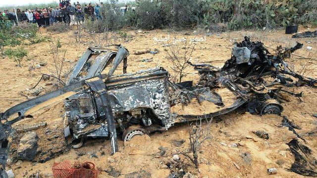 """פרסום פלסטיני -שרידי הרכב ששישמש את כוח צה""""ל - הושמד בתקיפה אווירית"""