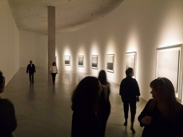 הירושי סוגימוטו במוזיאון תל אביב לאמנות