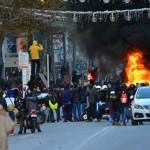להבות ברחוב הראשי- צילום: עמית מנדלזון
