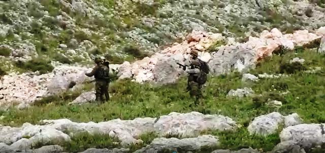 חייל הכוח מכין רומה רימונים לירי (צילום מסרטון)