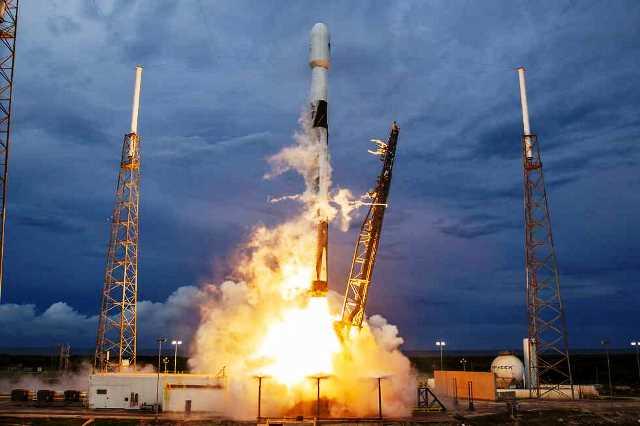 רגע השיגור (צילום: space X)