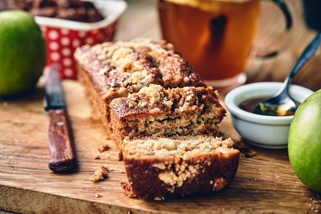 קפה ביגה עוגת דבש תפוחים (צילום אמיר מנחם)