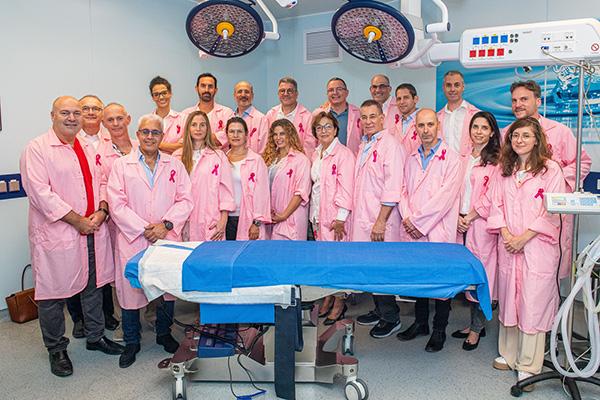 רופאים בוורוד: האיגוד לכירורגיה פלסטית בהסתדרות הרפואית. צילום: ישראל הדרי. סגנון והפקה: נאוה עינבר