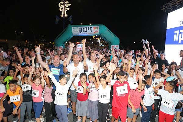 מרוץ הלילה של שדרות ושער הנגב - הפנינג ספורטיבי. צילום: גולן סבג