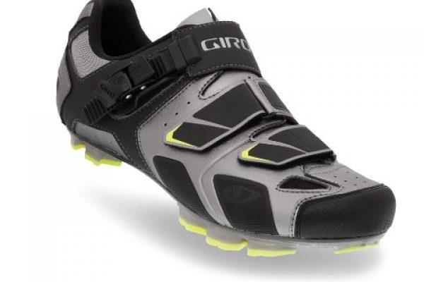 רשת רוזן ומינץ משיקה דגמים חדשים של חברת נעלי הרכיבה Giro