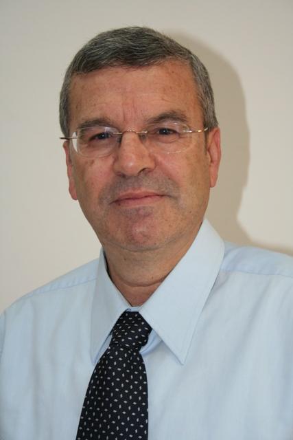 שמואל נחמני, סגן בכיר לממונה על השכר באוצר, הודיע על פרישתו