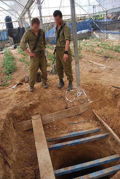 """חיילים: """"שומעים את הפלסטינים חופרים מנהרות"""""""