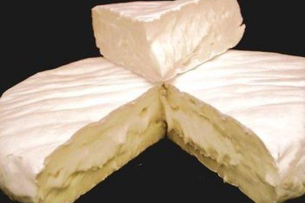 גבינת קממבר עגולה, צילום: Dominik Hundhammer
