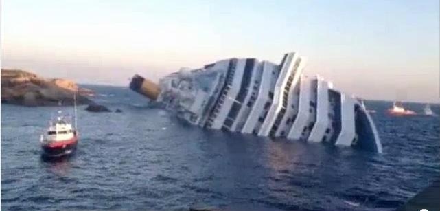 שלושה ניצולים נמצאו על סיפון אוניית התענוגות השוקעת