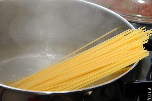 להתחמם עם ספגטי ברוטב בולונז