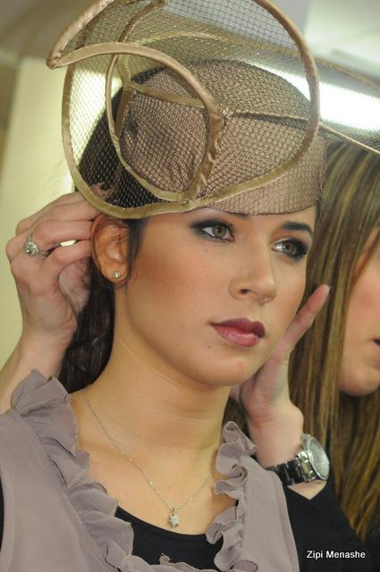 מאחורי הקלעים בתצוגת האופנה של אירוע סטייליש