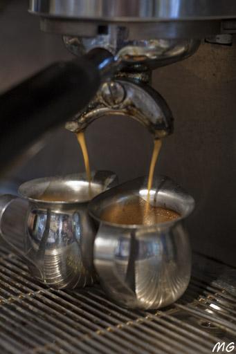 חותם הקפה. קפה שכונתי
