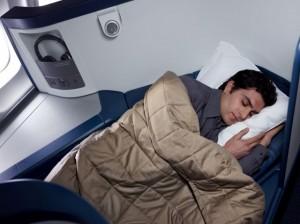 מיטה שטוחה בדלתא איירליינס