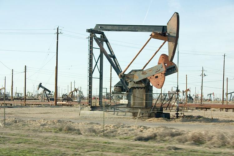סעודיה מרגיעה: נגביר ייצור הנפט ולא ניתן למחירים לנסוק