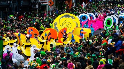 """מצעד סנט פטריק'ס דיי בדבלין. צילום: אדריאן סדלייר. באדיבות יח""""ץ"""