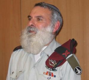 הרב הצבאי לשעבר, אביחי רונצקי (צילום: ויקימדיה)