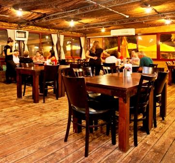 מסעדת בית היין בקיבוץ מעברות, צילום: שירן כרמל