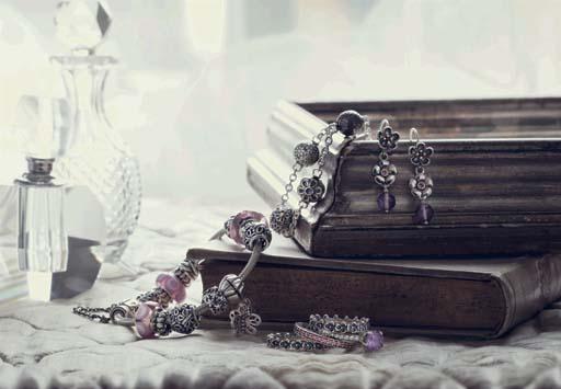 """צמידים וצ'ארמים, Pandora. צילום: יח""""ץ"""